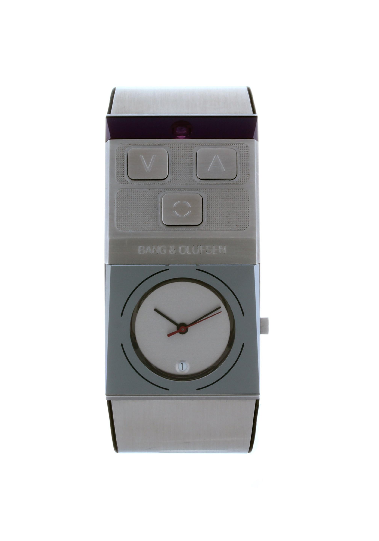 9750 bang olufsen beowatch silver plast50x22 mm begagnad. Black Bedroom Furniture Sets. Home Design Ideas